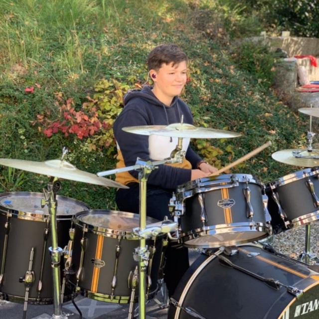 helen-drums