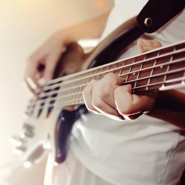 bass87
